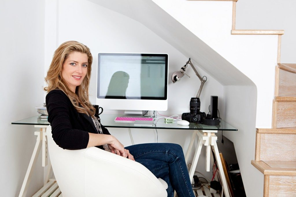 adult woman working from home
