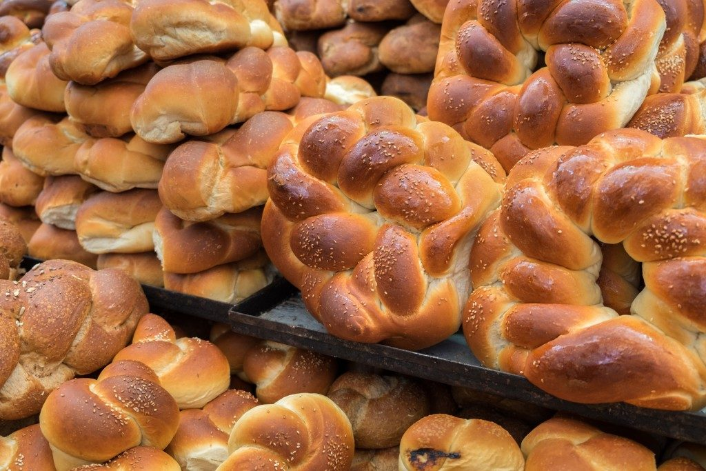 Bread rolls being displayed