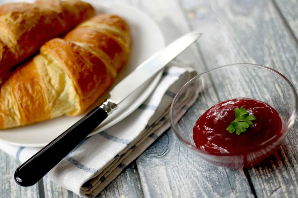 croissant and jam