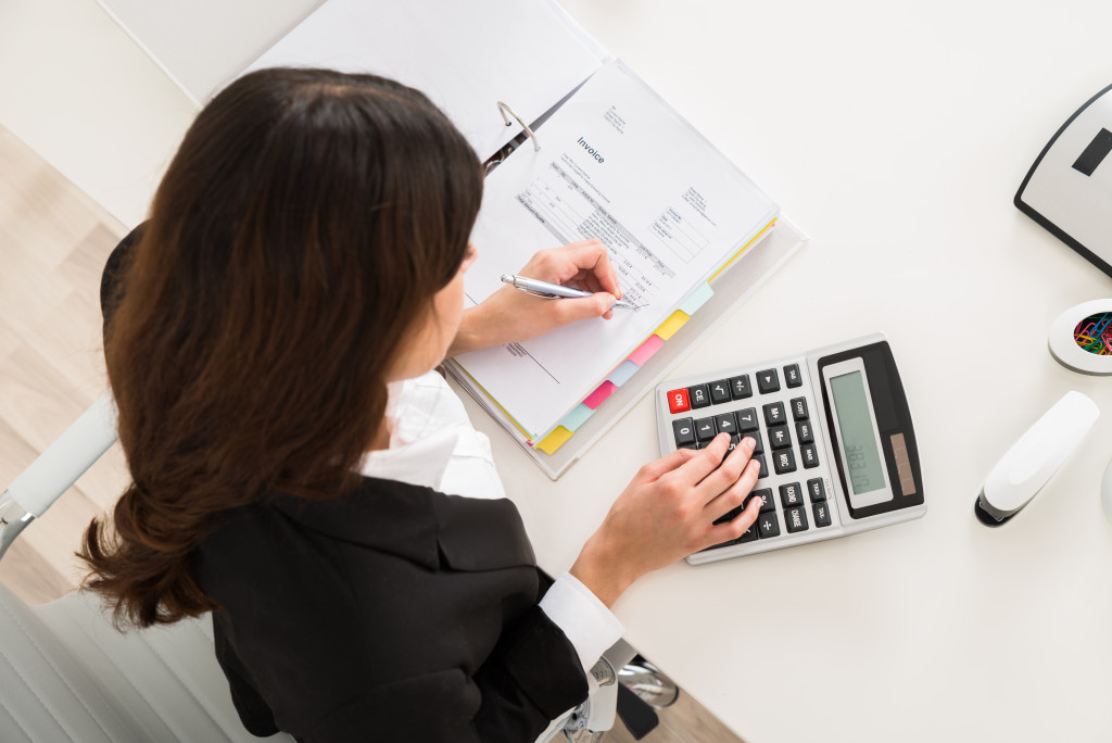 company accountant