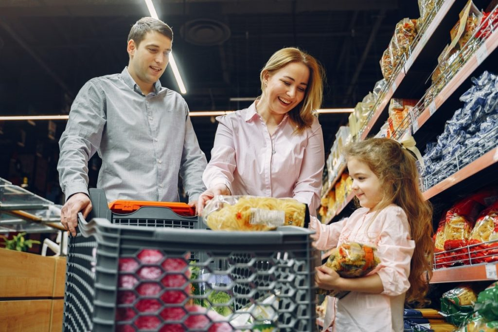 family at a grocery store